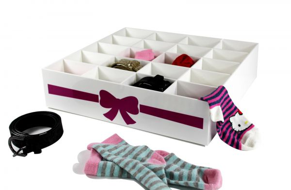 "Gürtel- , Sockenbox für Kinderkleidung ""SCHLEIFE"""